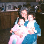 1985 01 Mom and the kids